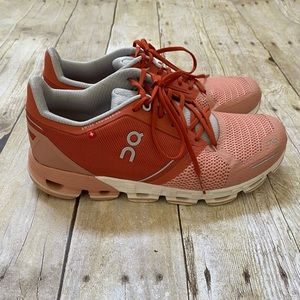 ON Cloudtec Running Shoes